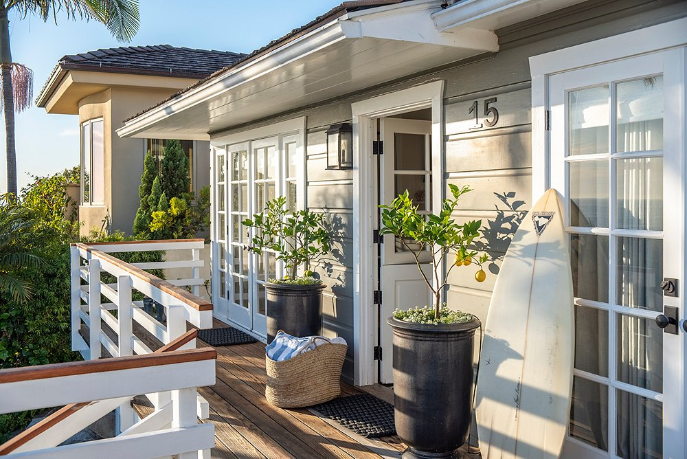 Inside a Sophisticated Beach Bungalow