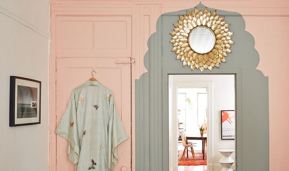 Spruce Up a Blah Doorway with a Chic, Morocco-Inspired Paint Job