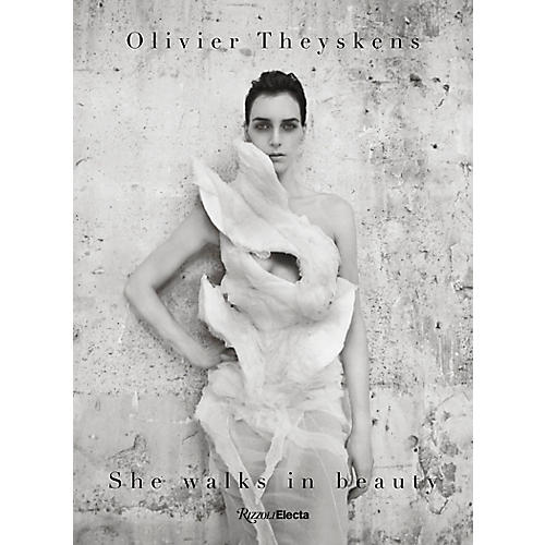 Oliver Theyskens: She Walks in Beauty