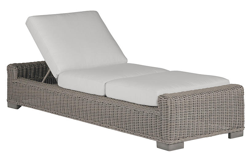 Rustic Oyster Chaise, White