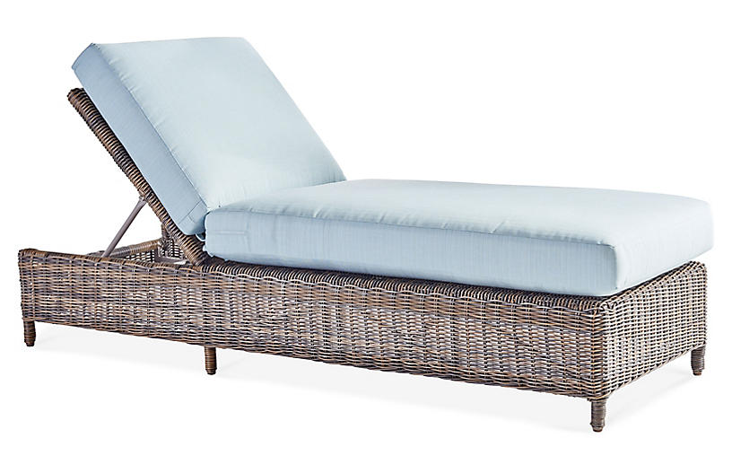 Del Ray Wicker Chaise Lounge, Chestnut/Canvas