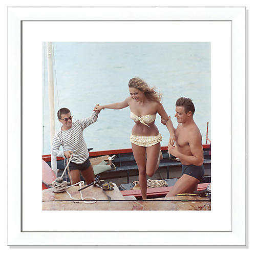 Slim Aarons, A Helping Hand