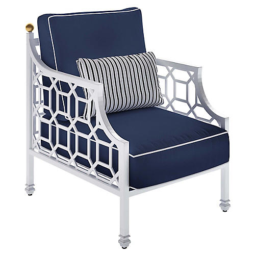 Barclay Outdoor Lounge Chair, White/Navy