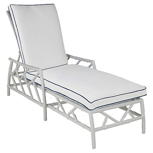 Kit Chaise, White/Navy