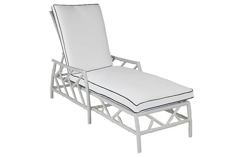 Kit Chaise, White/Navy