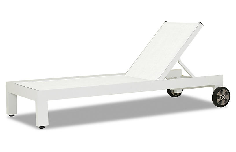 Harlyn Outdoor Chaise, Frost