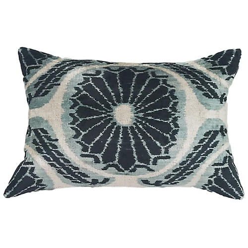 Mandala 16x24 Lumbar Pillow, Black/Gray