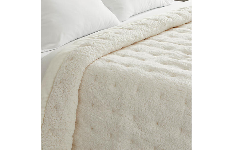 Marshmallow Fleece Puff, Ivory