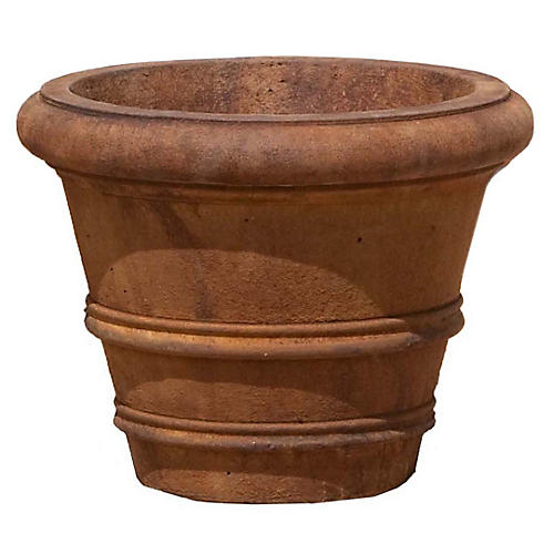 Classic Rolled-Rim Outdoor Planter, Rustic Iron