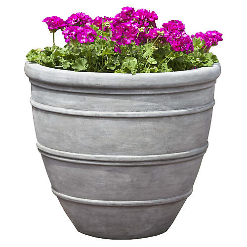 "16"" Avendia Outdoor Planter, Concrete"