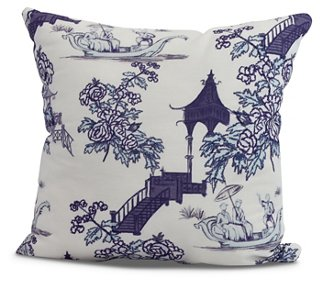 Throw Pillows Header Image