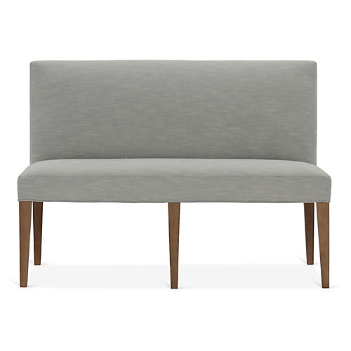 Reeves Banquette, Mist Crypton