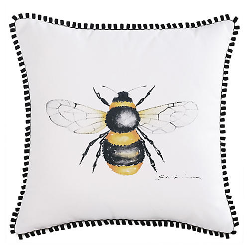 Quinn 18x18 Bee Outdoor Pillow, White/Yellow
