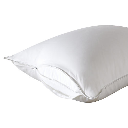 Tenor Pillow Protector, White
