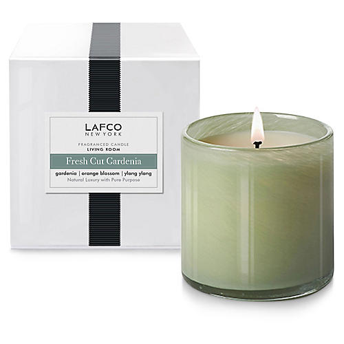 Signature 15.5 oz Candle, Fresh-Cut Gardenia