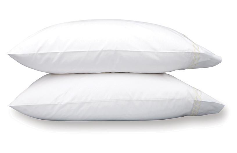 S/2 Classic Chain Pillowcases, Almond