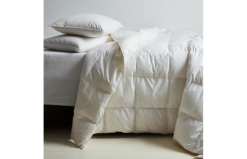Montreux Summer Comforter, White