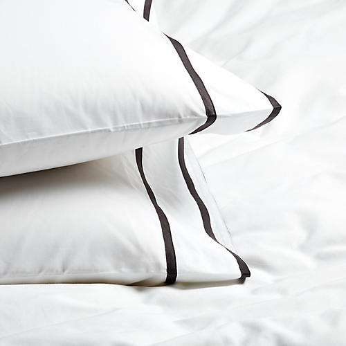 S/2 Collana Standard Pillowcases, Charcoal