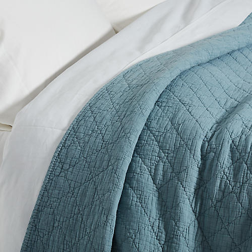 Huntington Coverlet, Dusty Blue