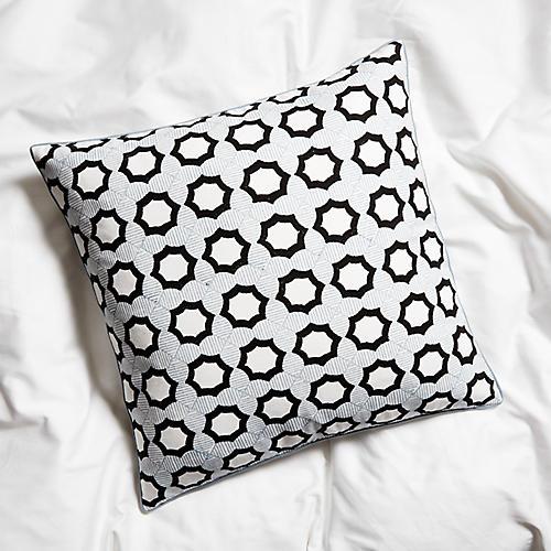Mesool Pillow, Black