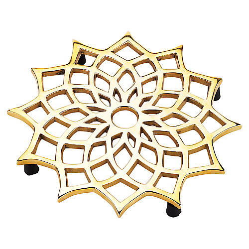 Noor Trivet, Gold