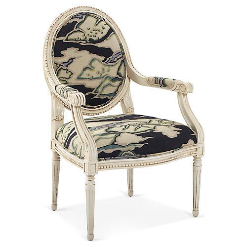 Darcy Armchair, Makalu