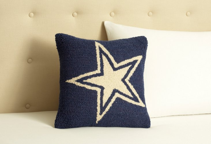 Blue Star Hooked Wool 17 x 17 Pillow