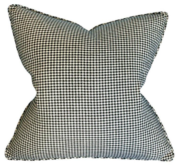 Bixby Houndstooth 22x22 Pillow, Black
