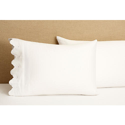 S/2 Standard Scallop Pillowcases, White