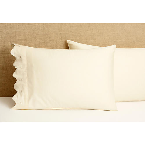 S/2 Standard Scallop Pillowcases, Ivory