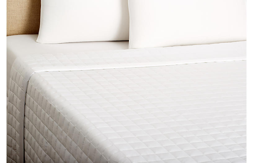 Sensation Coverlet, White