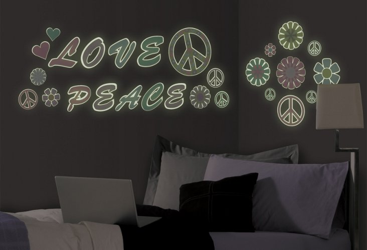 Glow-in-the-Dark Peace & Love