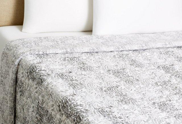 Sitara & Sandstone Quilt, Black