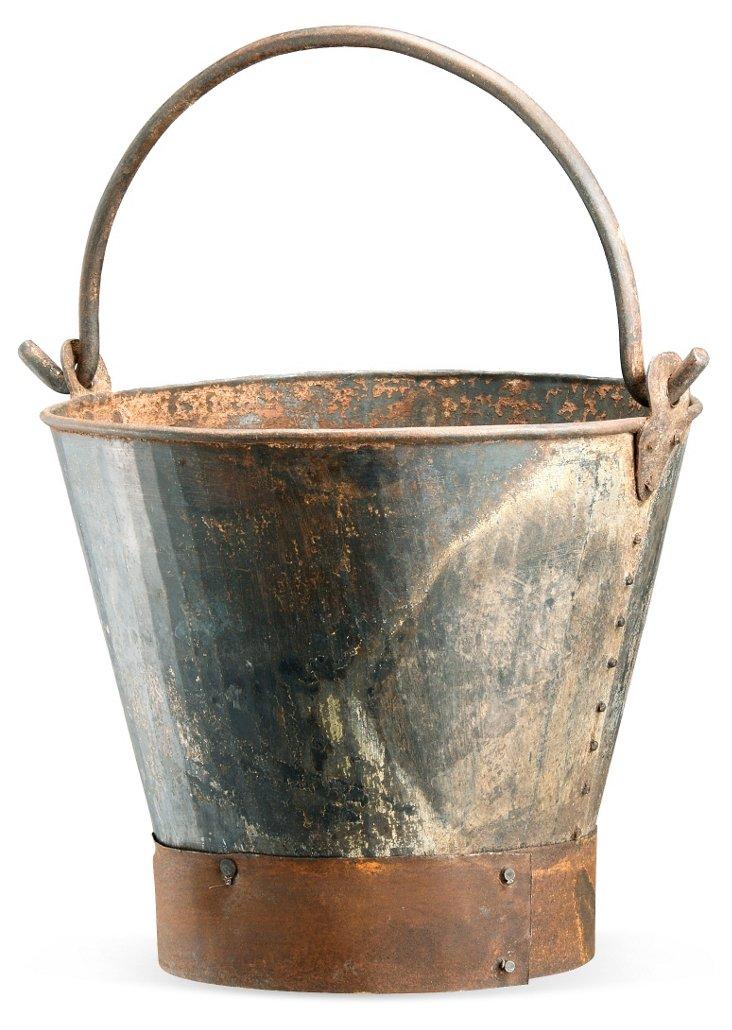 """11"""" Iron Bucket"""