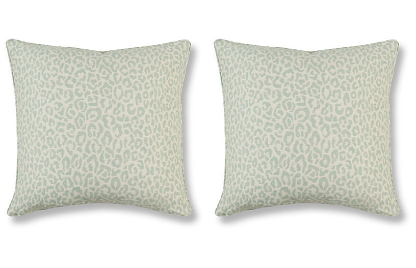 pillow adds a touch of rustic elegance