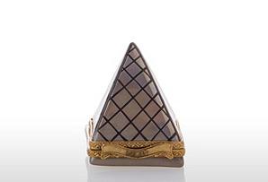 Chamart Louvre Pyramid Box
