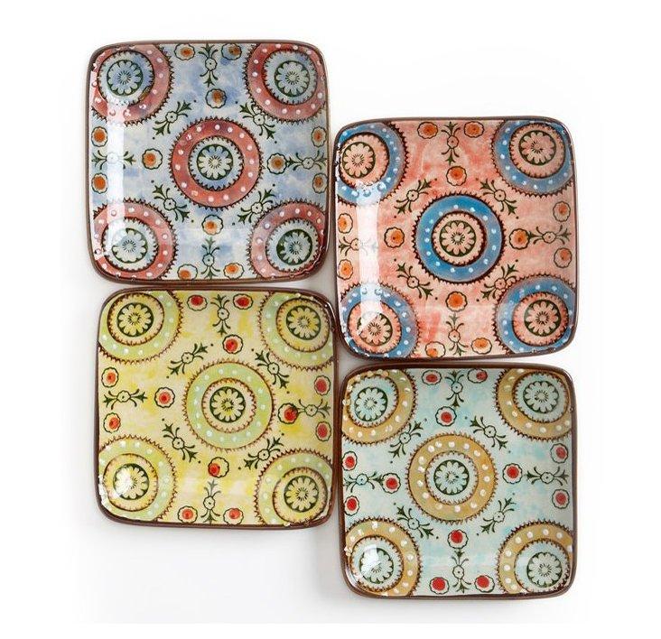 S/4 Square Paisley Plates