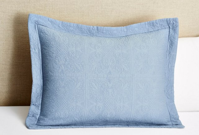 Matelassé Standard Sham, Soft Blue