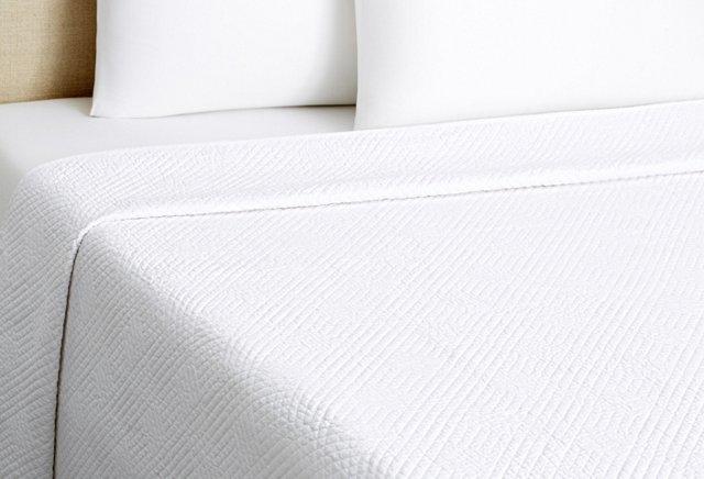 Greenwich Quilt, White