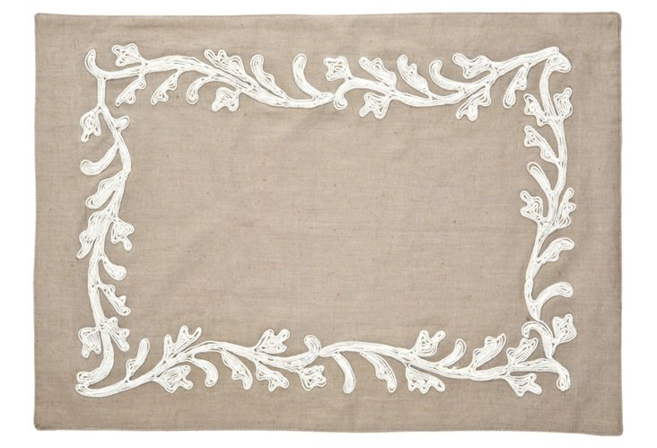 S/4 Embroidered Place Mats