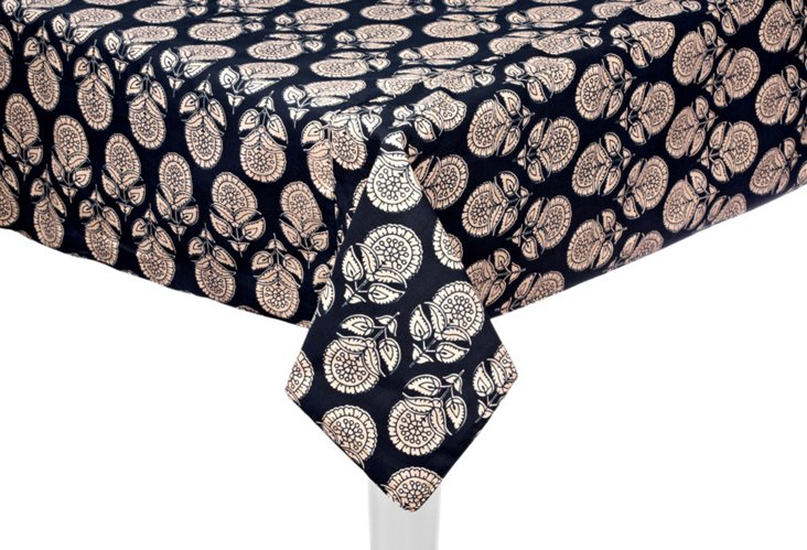 Montepulciano 60x90 Tablecloth, Black
