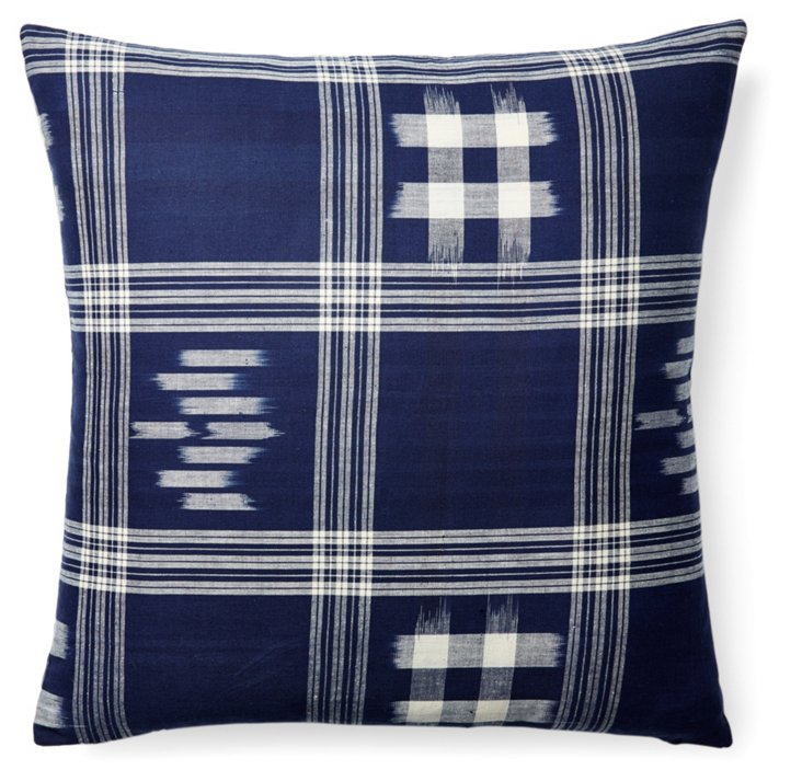 Madera 20x20 Cotton Pillow, Navy