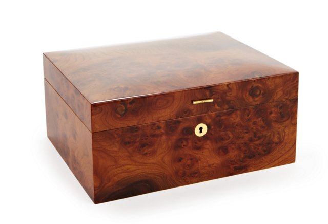 Lacquer Burled Cigar Box w/ Humidifier