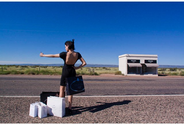Prada Marfa, Hitch Hiker