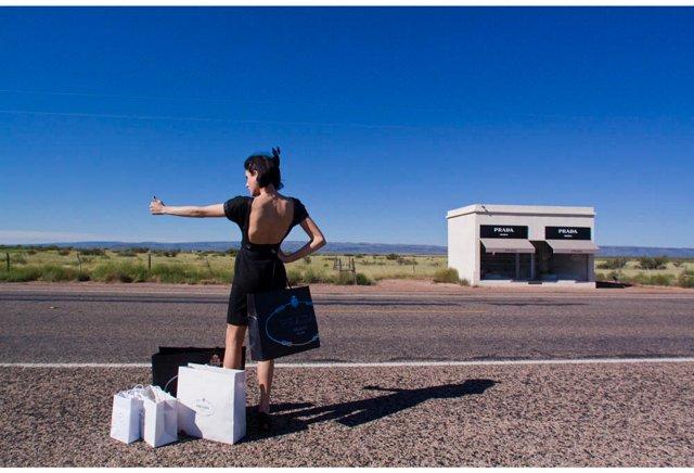 Gray Malin, Hitchhiker