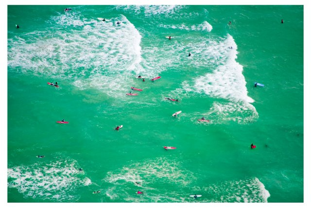 Gray Malin, Muizenberg Surfers