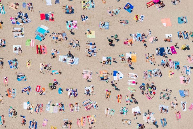 Gray Malin, Barcelona Beach Horizontal