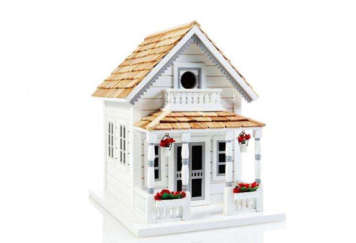 Newburyport Cottage, White