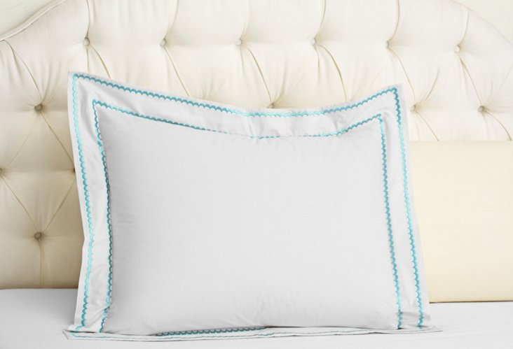 Double Scallop Sham, White/Teal