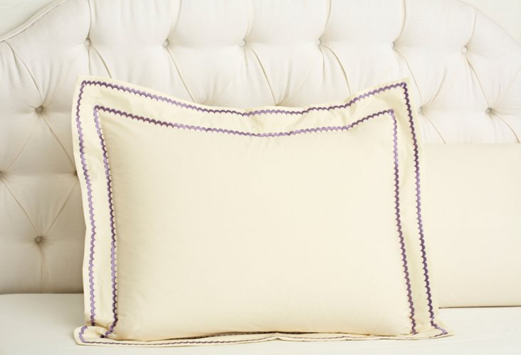 Double Scallop Sham, Ivory/Lilac